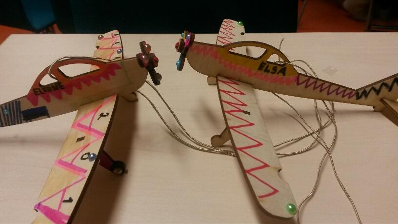 puidust lennukid